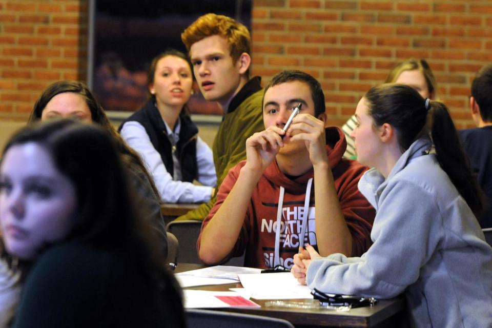 Freshmen at Stonehill College attended an American Student Assistance workshop to teach them about debt.