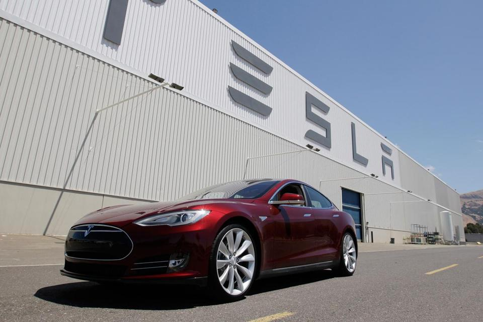 Tesla's battery-powered Model S beat the Audi A6, Toyota Prius, and BMW 328i in Consumer Reports' annual ranking.