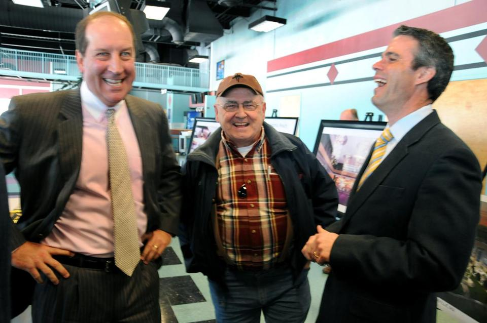Penn CEO Timothy Wilmott (left), Jack Shepardson of Plainville, and Penn's Eric Schippers spoke about the slots deal.