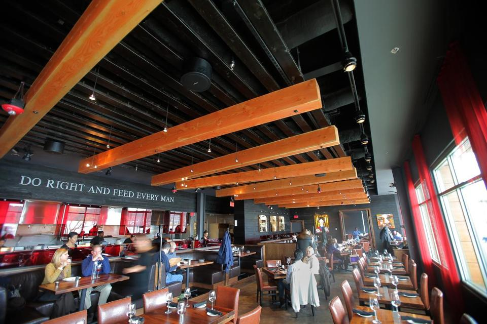 Del Frisco's Grille owners opened in Chestnut Hill aware they had a customer base there.