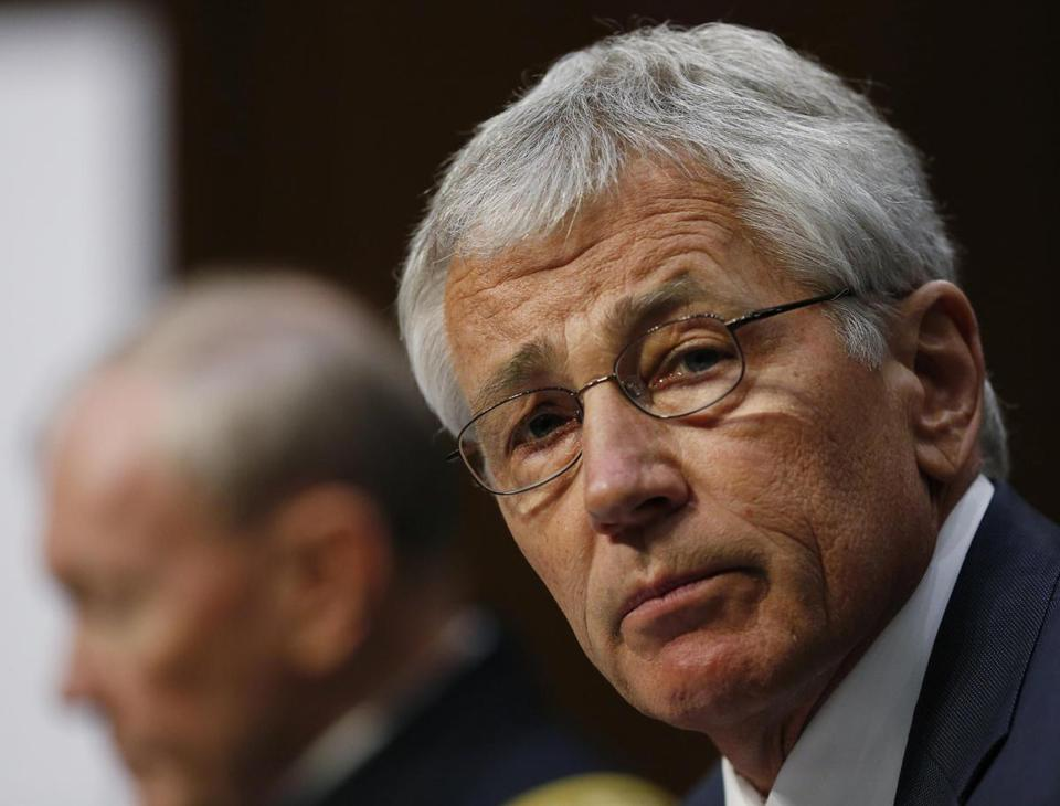 US Defense Secretary Chuck Hagel (right) and US Army General Martin Dempsey, chairman of the Joint Chiefs of Staff, testified before the Senate Armed Services Committee on Wednesday.