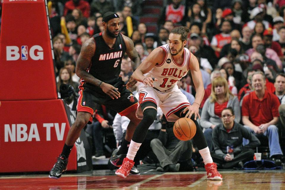 Joakim Noah had 20 points and 12 rebounds for the Bulls.