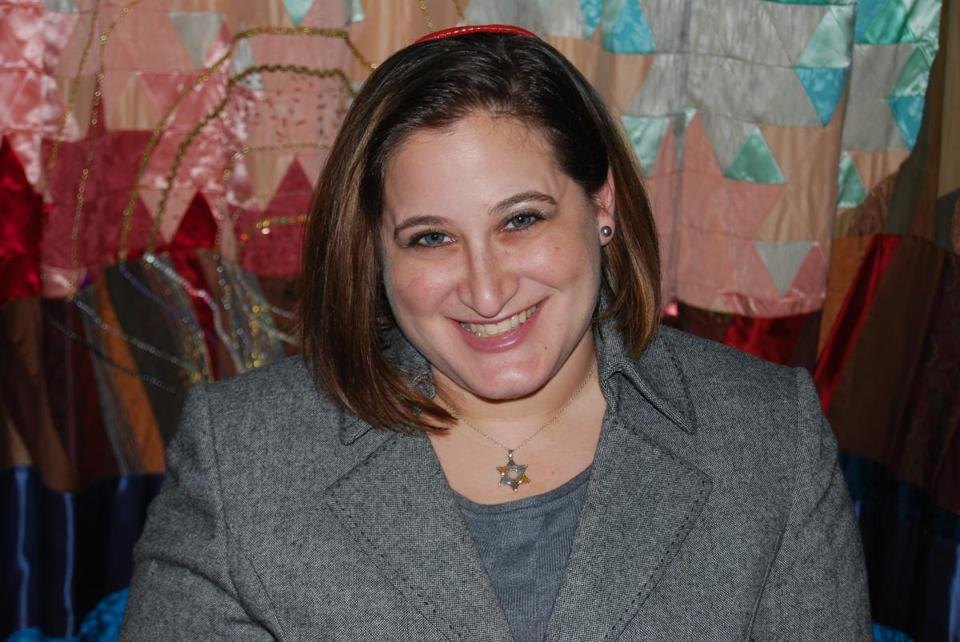 Rabbi Emma Gottlieb will shave her head to help raise money for research into childhood cancer.