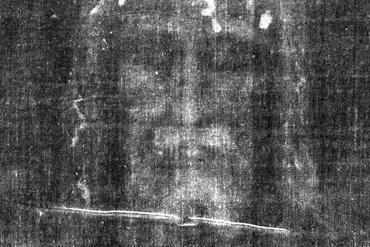 """Secrets of the Dead: Shroud of Christ?"" The facial image on the Shroud of Turin as it appears on a photographic negative Photo courtesy of the Barrie M. Schwortz Collection/WNET Library Tag 04202004 Health & Science"