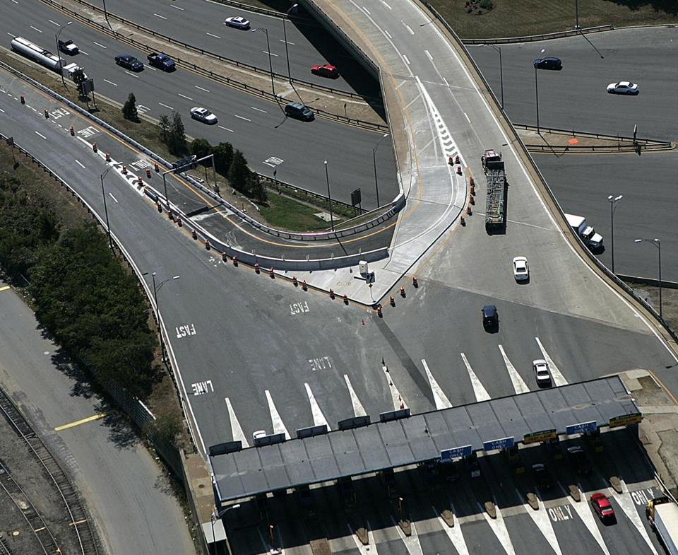 The state plans to demolish the u-turn and toll plaza at the Allston toll booths on the Massachusetts Turnpike.