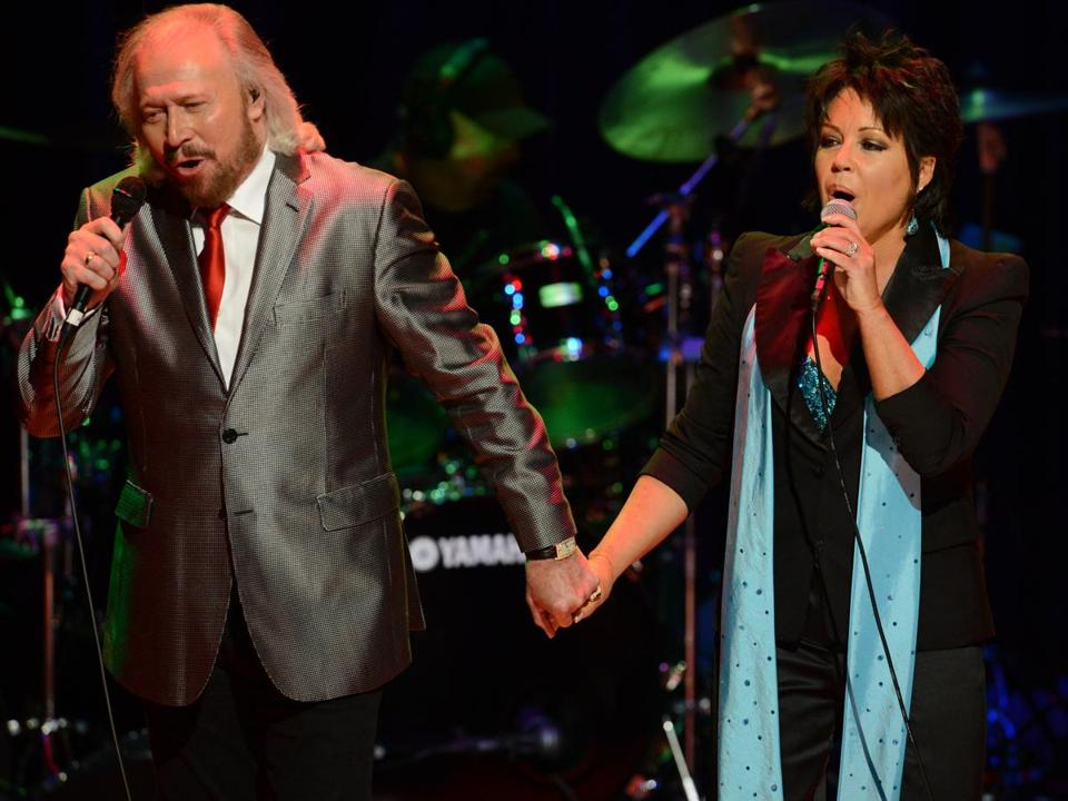 Barry Gibb (left) performed at an Oct. 27 concert in Nashville, Tennessee.
