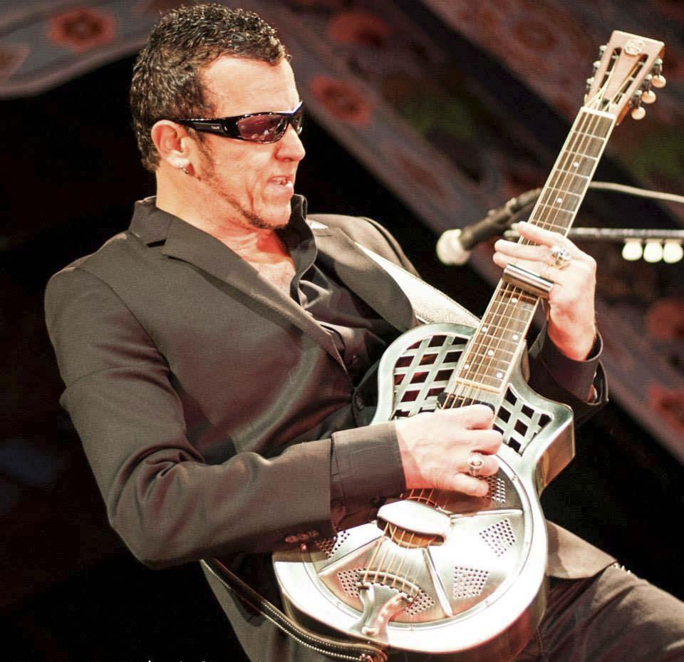 Gary Hoey has recently dabbled in blues and has put together an unplugged show for Shalin Liu Performance Center  in Rockport on Friday. In the spirit of the blues, he is performing solo for the first part of the show, then will follow with a specially tailored acoustic set with his band.