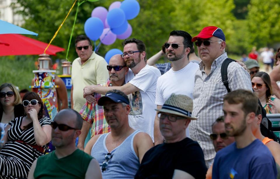 Civil union illinois heterosexual couples