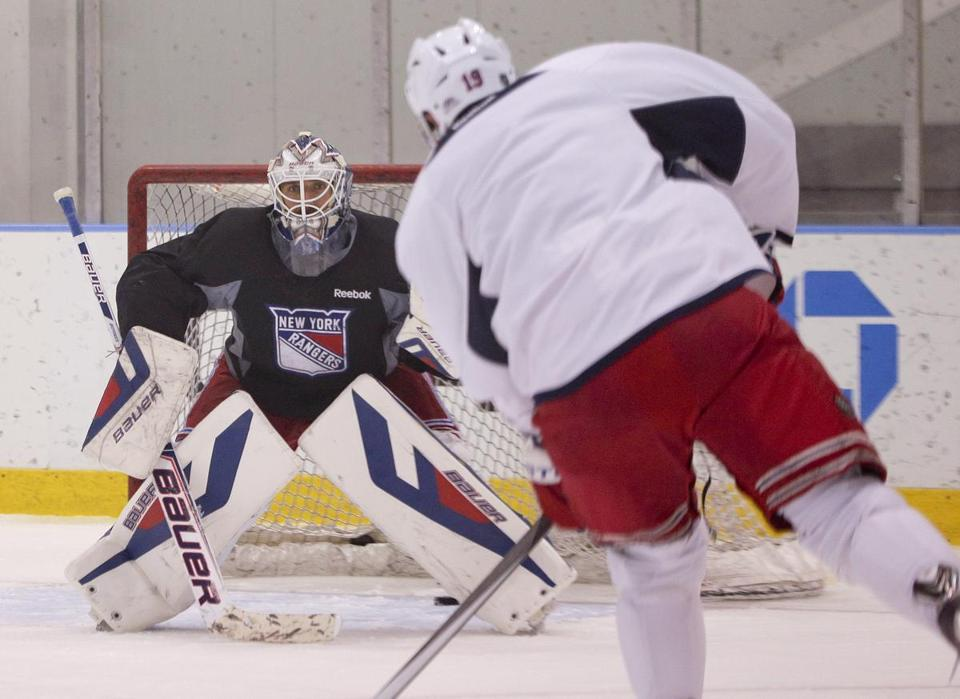 Henrik Lundqvist will be the target of the Kings when the Cup Final begins Wednesday.