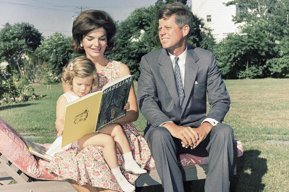 Caroline Jacqueline And John F Kennedy Then A Us Senator At