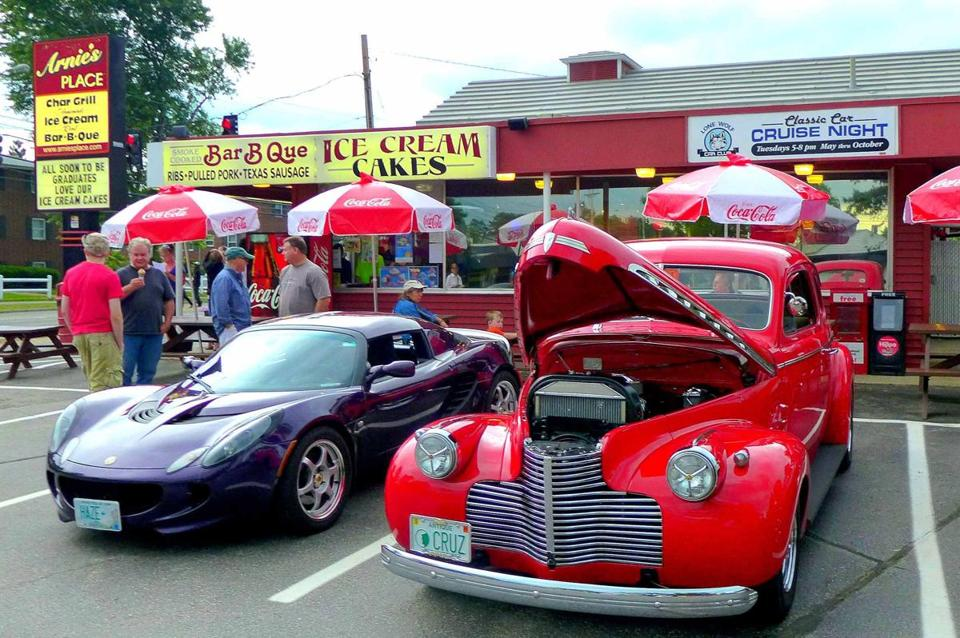 Members of the Lone Wolf Cruisers Club bring their antique and classic cars to Arnie's Place on Tuesday evenings.