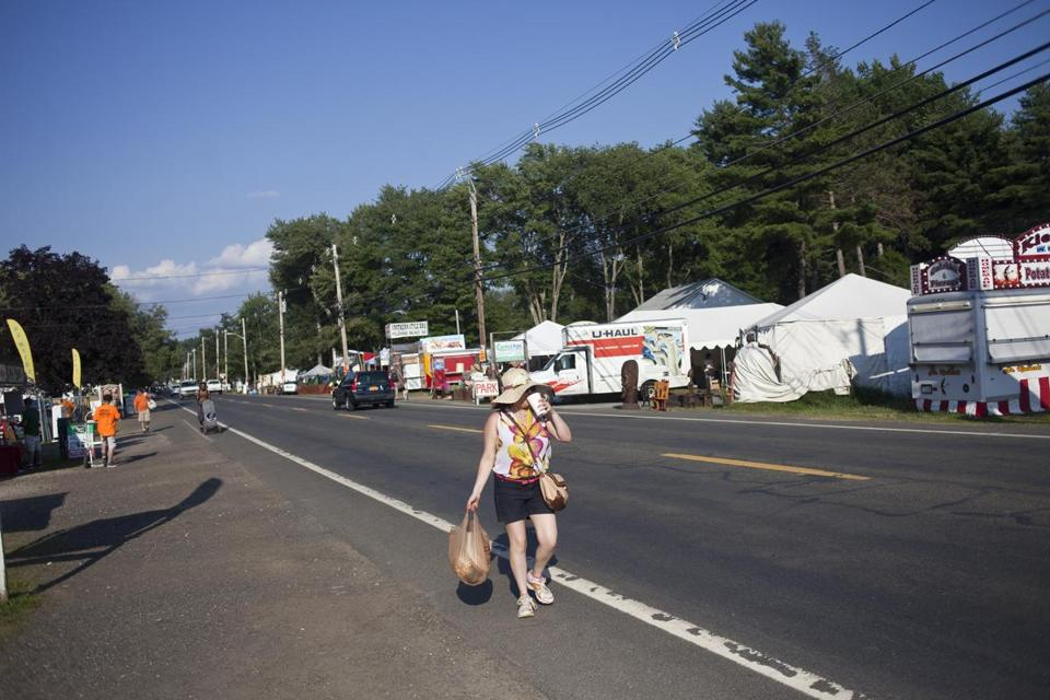 at brimfield everything old is old again the boston globe