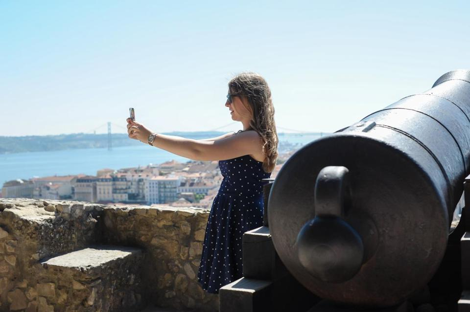 Abigail Austin taking a selfie on a trip to Lisbon, Portugal, when she was 17 in 2013.