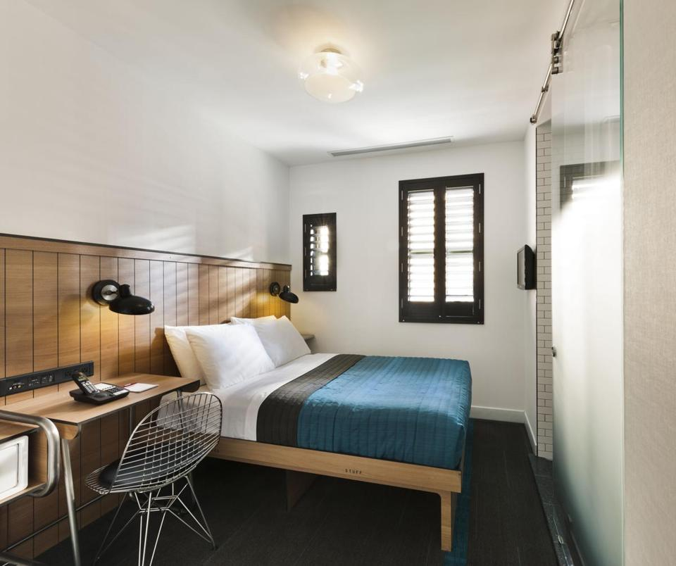 A tight squeeze in new york as rooms get smaller and more for Square footage of a room