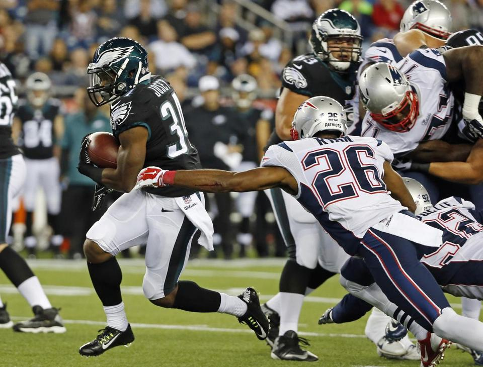 Logan Ryan (26), normally a cornerback, got some snaps at safety in the Patriots' exhibition win over the Eagles.