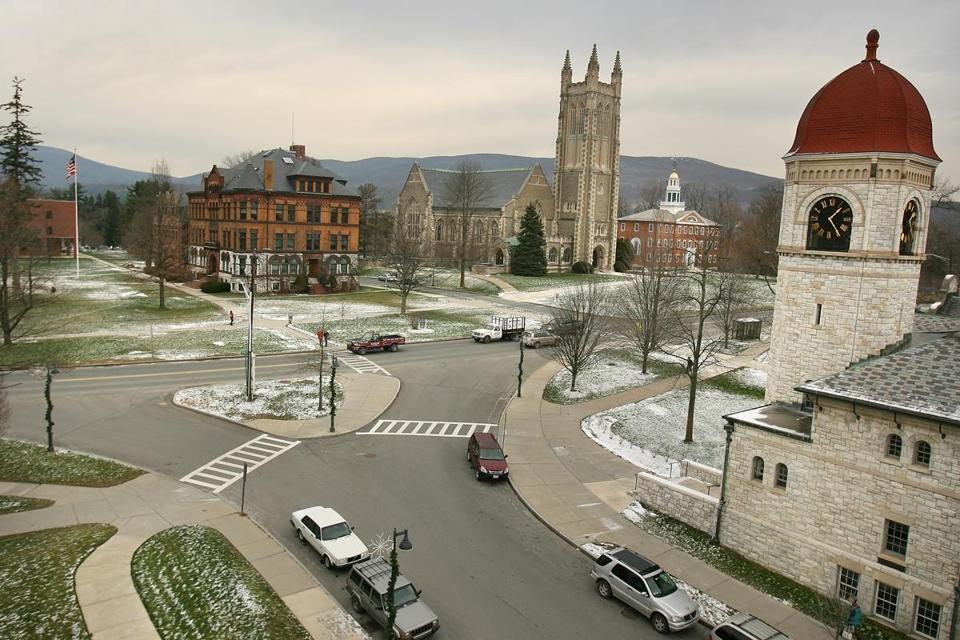 colleges enlist smartphone apps to help combat campus sexual assault