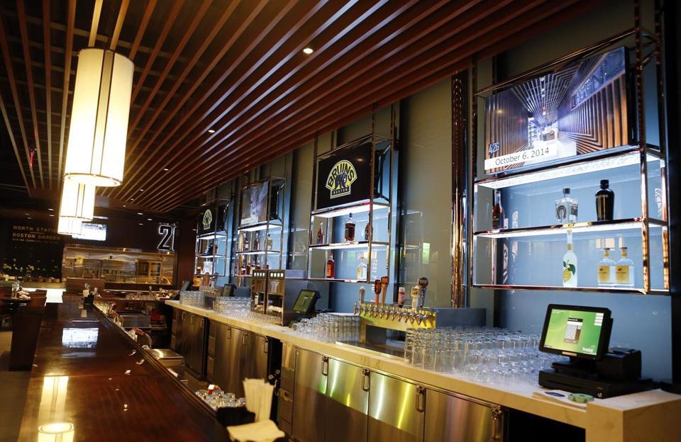 Boston, Massachusetts    10/08/2014   The Bar Inside Legends