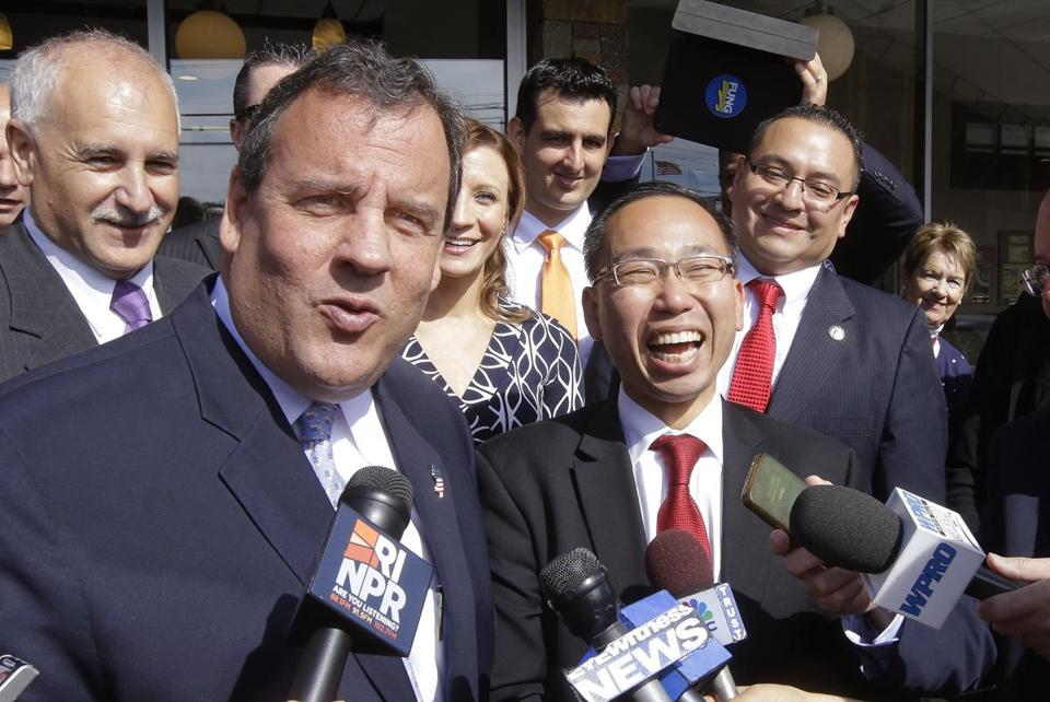 Governor Chris Christie of New Jersey (left) campaigned this month in Johnston, R.I., for Republican gubernatorial candidate and mayor of Cranston, Allan Fung (right).