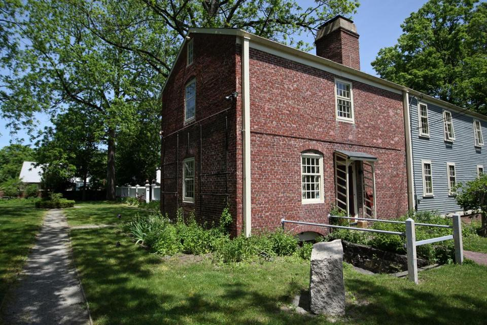 The History Of The Royall House Amp Slave Quarters The Boston Globe