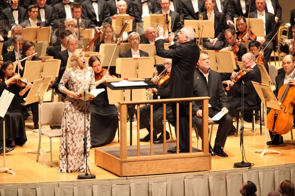 Bramwell Tovey led the BSO and soprano Rosemary Joshua and bass-baritone Bryn Terfel.