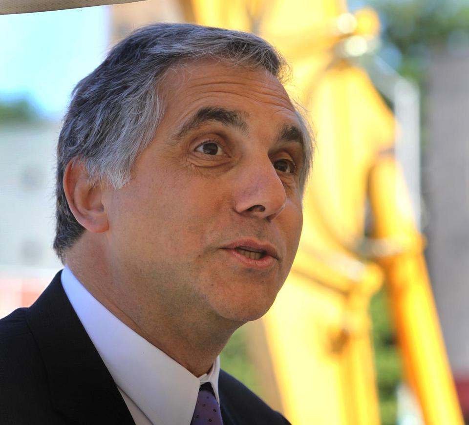 partners healthcare leader to step down the boston globe gary gottlieb