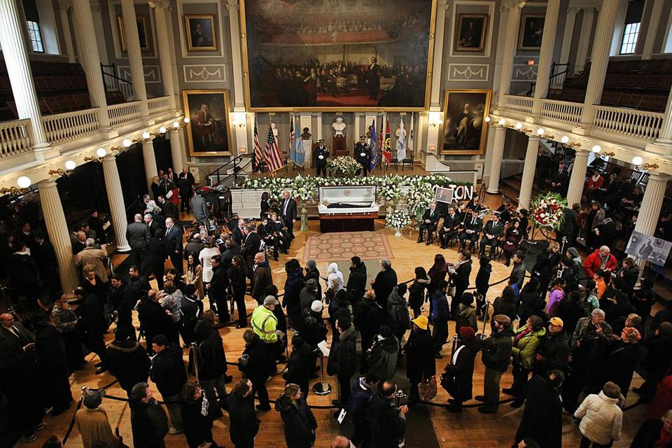 Multitudes turned out to offer their respects to former mayor Thomas M. Menino on Sunday.