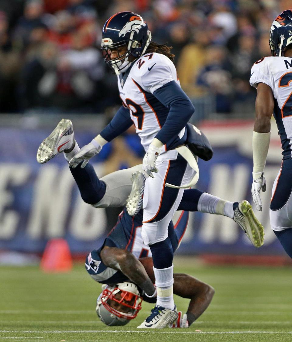 Patriots beat Broncos 43 21 in showdown at Gillette 14 of
