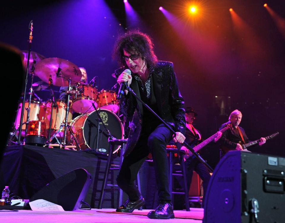 Peter Wolf of the J. Geils Band in concert at the TD Garden.