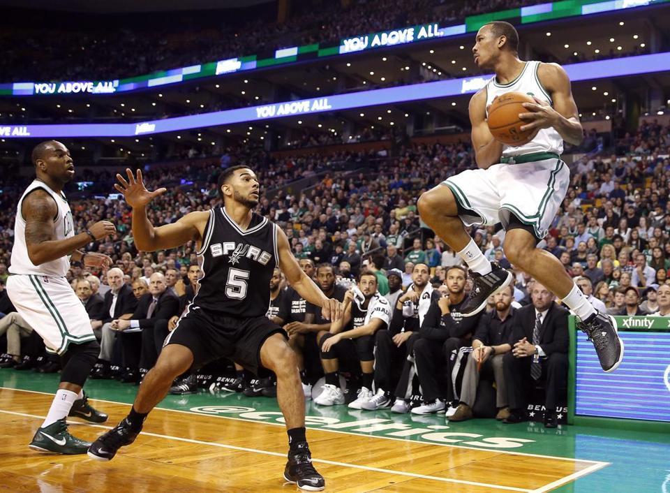 Spurs Roll Celtics Td Garden Matinee Boston Globe Avery Bradley