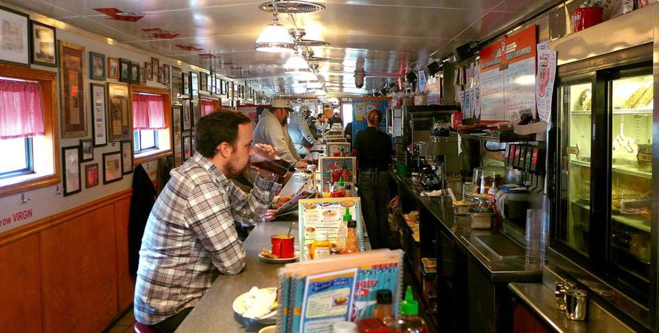 Although the Red Arrow is not a prefab metal diner, its long, narrow construction and generous use of stainless steel, chrome, and laminate gives it the same cozy atmosphere.