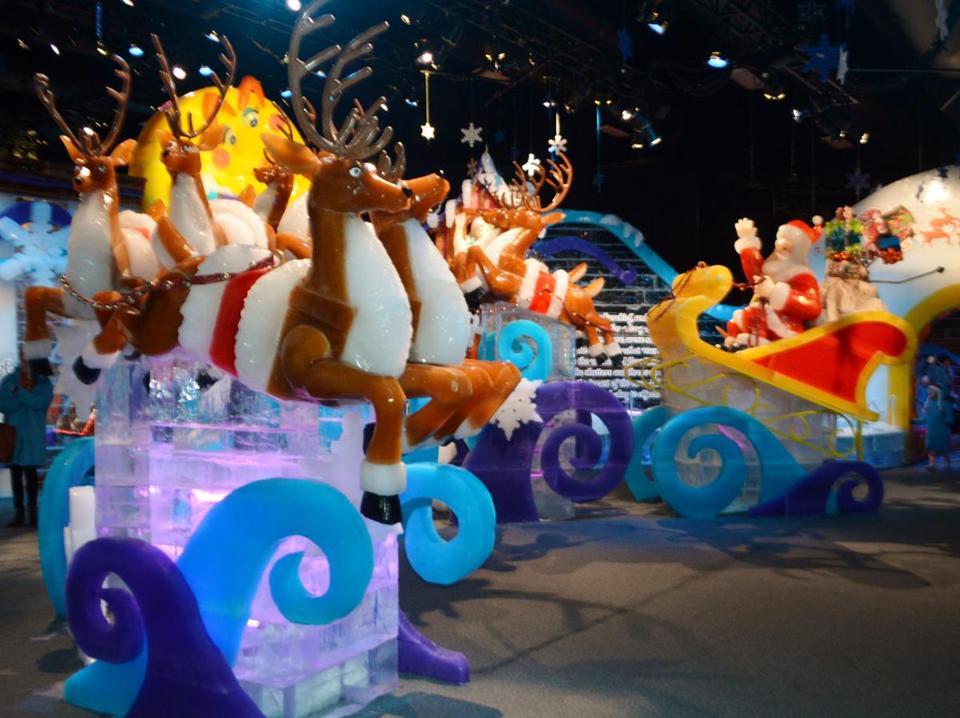 Nashville Christmas Shows  Gaylord Opryland Resort