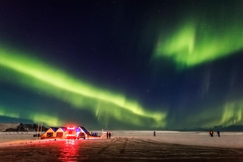 Spectacular views of the Northern lights in Iceland from Visit Iceland. 11muther