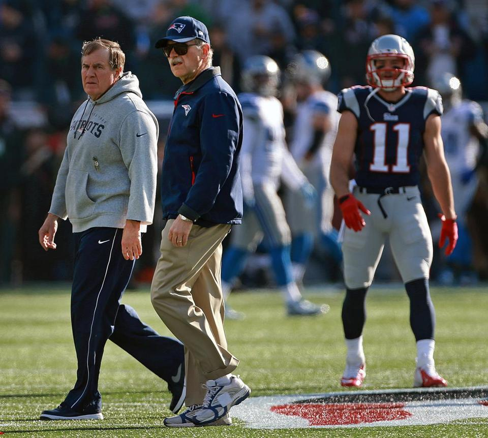 Ernie Adams (center) is the Patriots' director of football research and close confidant of Bill Belichick.