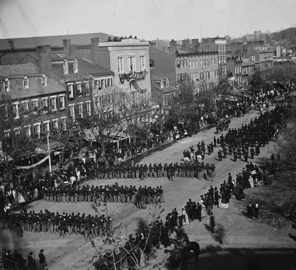 President lincoln s funeral procession on april 19 1865 on pennsylvania avenue in washington