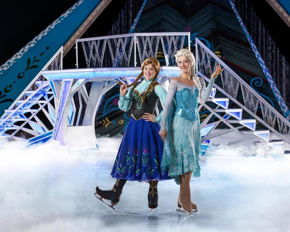 Anna, Elsa, And Other U201cFrozenu201d Characters Will Perform 20 Shows At TD