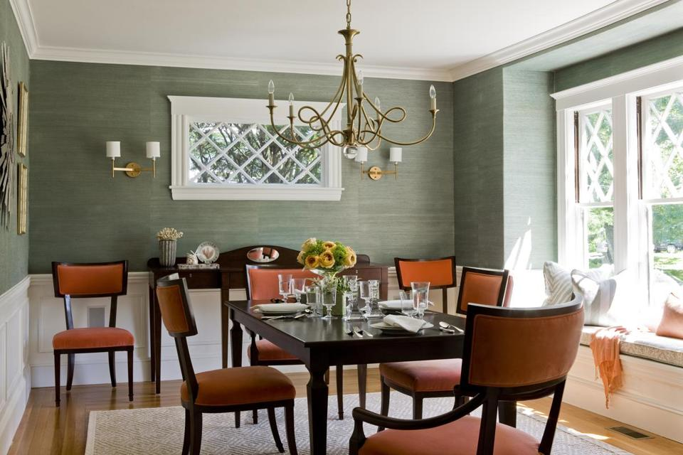 Dining Room: Most Of The 1920s Homeu0027s Beautiful Elements Remained Intact  And Were Revived With