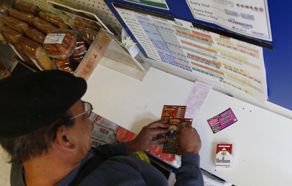 A national antigambling group says Star Market and Stop & Shop failed to stop minors from buying lottery tickets at vending machines in their Massachusetts stores.