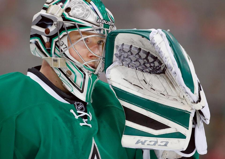 Through 58 games, Kari Lehtonen had a .906 save percentage.