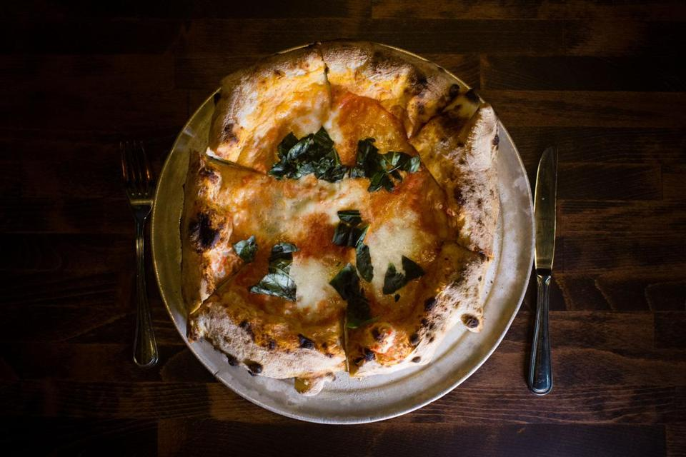 March 26, 2015 - Brewer's Fork MARGHERITA pizza - tomato, mozzarella, basil lifestyle, 01cheappix, smart Photo by Katherine Taylor for The Boston Globe
