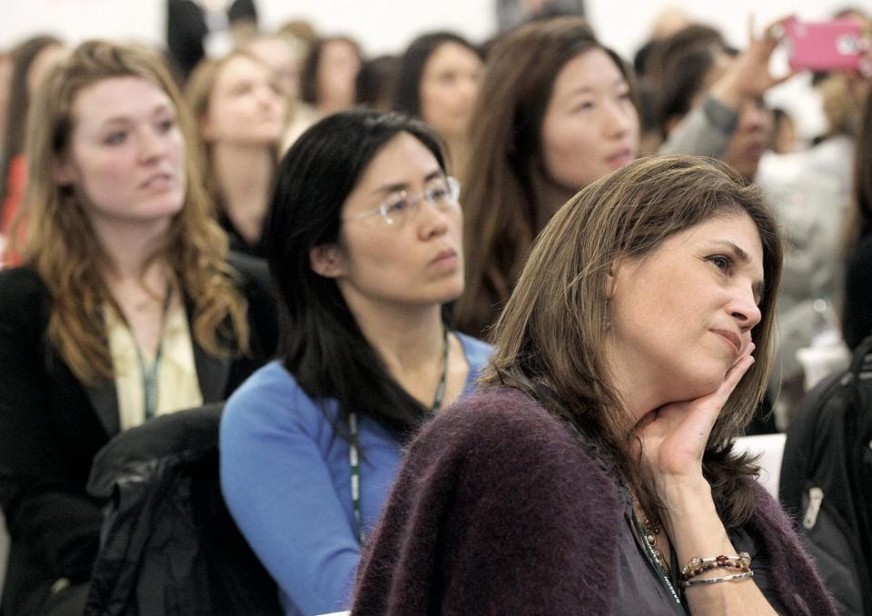 Eve Li, Tara Cousineau, and others attended the Boston Women's Venture Summit Tuesday.