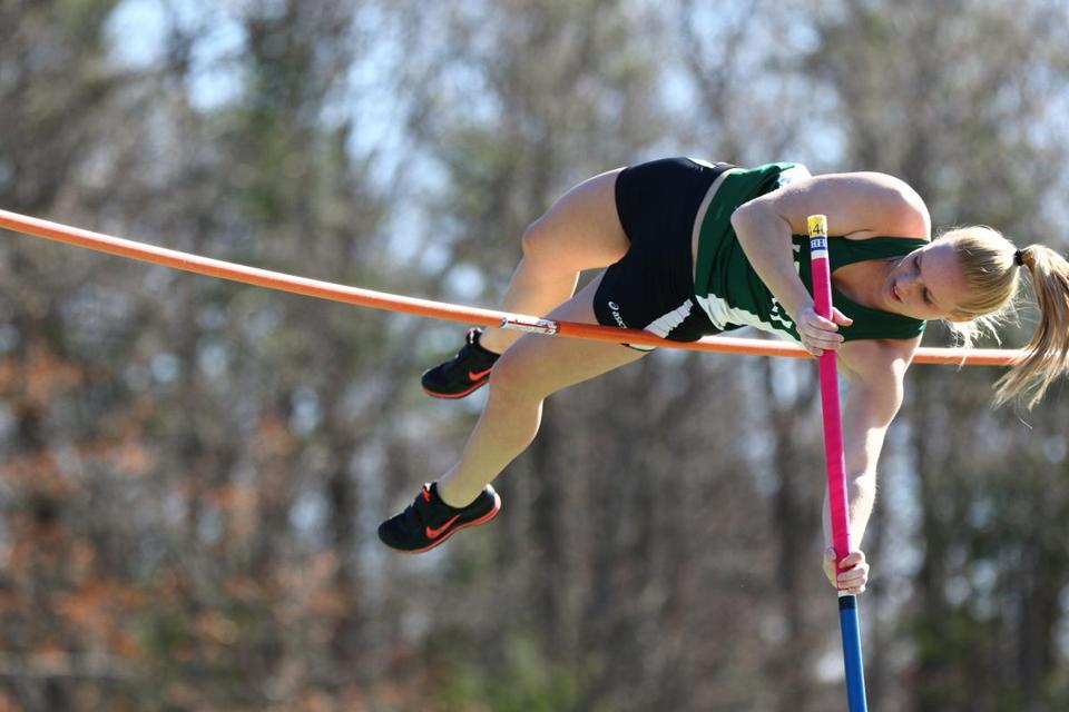 Billerica High pole vaulter Nicole Kelly takes a positive approach ...