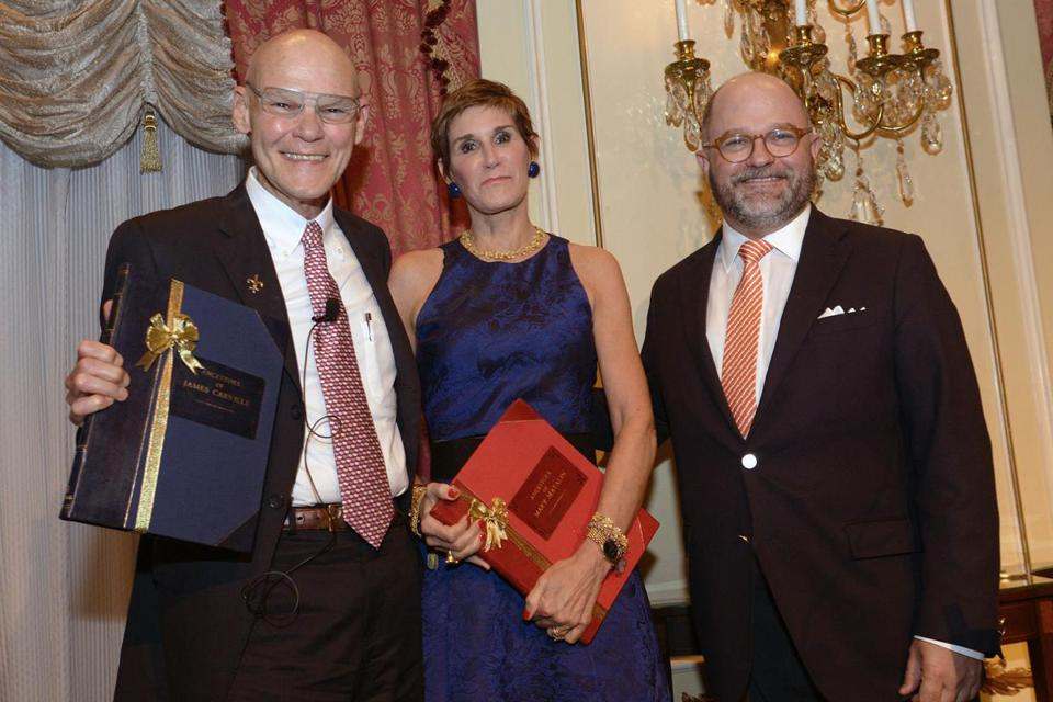 James Carville (left) and Mary Matalin with NEHGS president and CEO Brenton Simons.