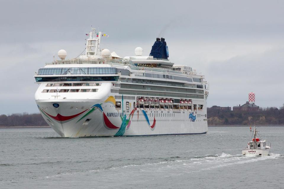Cruise Lines Competing With Summer Routes From Boston To Bermuda - Cruises to bermuda from boston