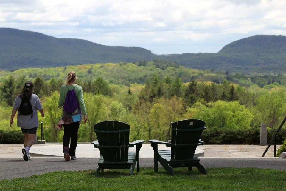 MAY 13, 2015 - AMHERST- MA- Daytripping - Amherst MA . Amherst college campus has a beautiful view. (globe staff photo :Joanne Rathe reporter: section: magazine : topic: 060715daytripping)