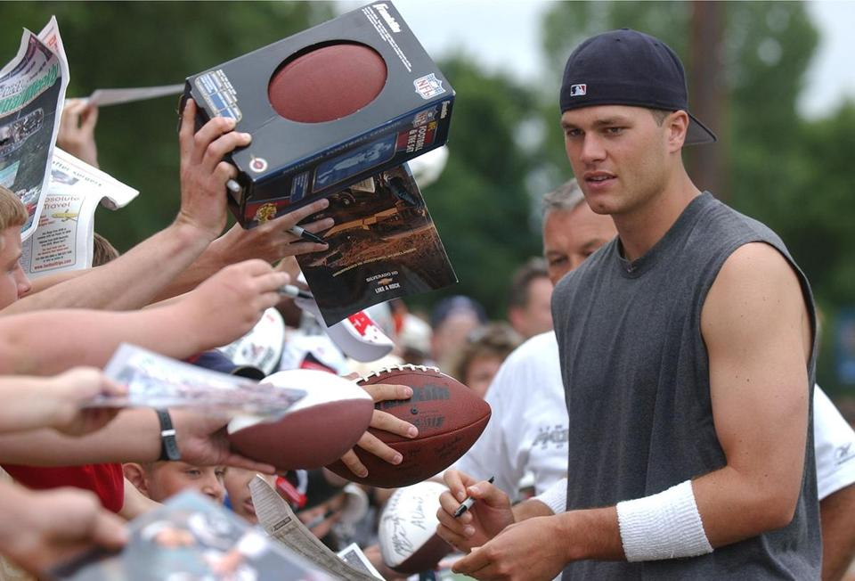 Tom Brady greeted fans in 2002 at the Patriots training camp at Bryant College in Smithfield, R.I.