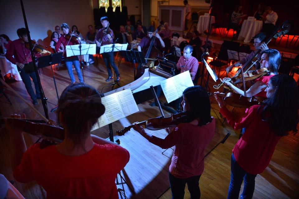 Phoenix's staging and dress aim to break barriers between orchestra and audience.