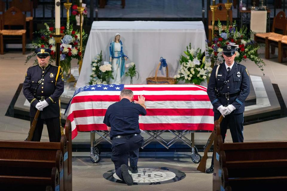 Omaha officer killed in line of duty honored at her ...