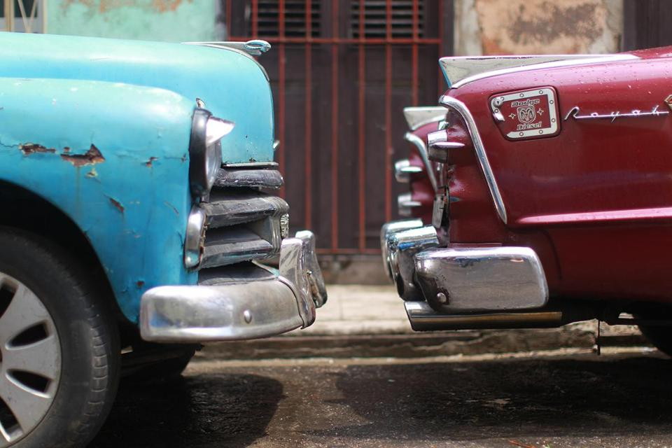 New embassy in Cuba. Same old cars. - The Boston Globe
