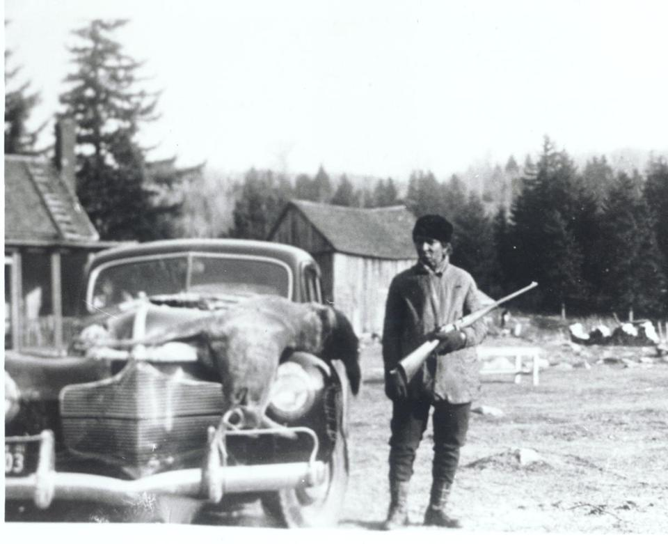 Daisy Turner around 1940 in Grafton, Vt., with a 250-pound deer she hunted.