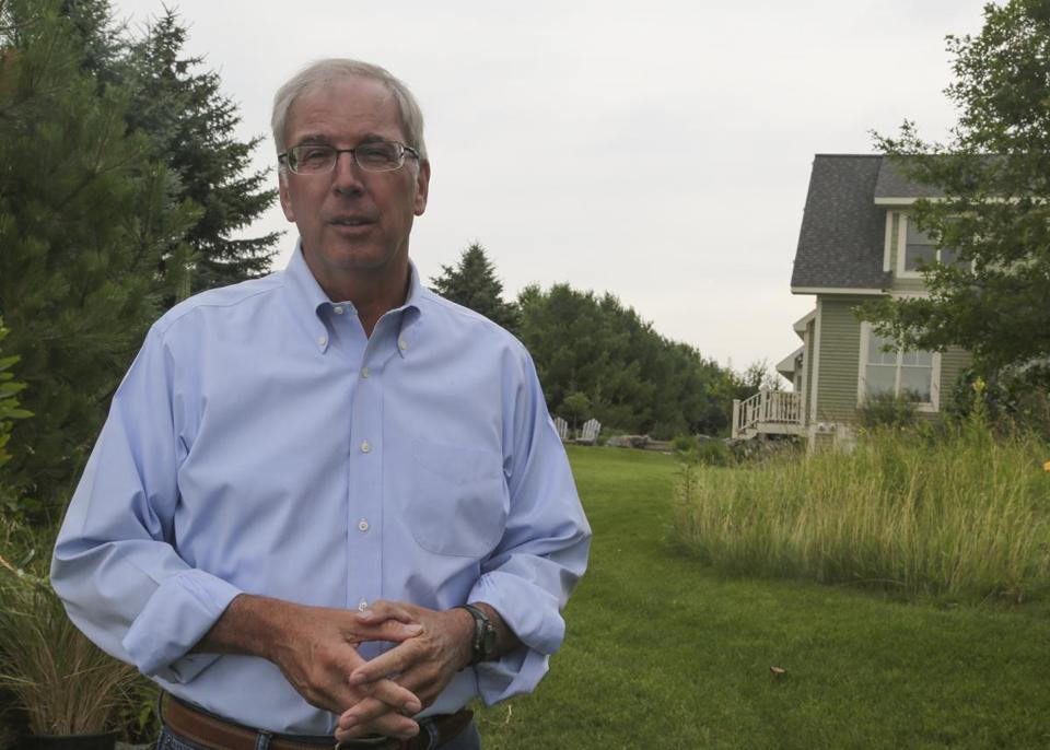 Former Wausau Paper CEO, Hank Newell, at his Wisconsin home Friday, July 24, 2015. (Nathan Wallin for The Boston Globe)